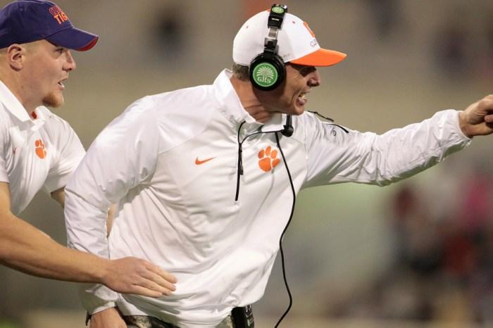 Clemson defensive coordinator puts pressure on Auburn to find starting QB