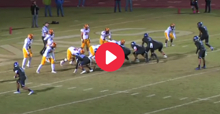 "High School Pulls Off ""Walk the Line"" Trick Play for 2-Point Conversion"