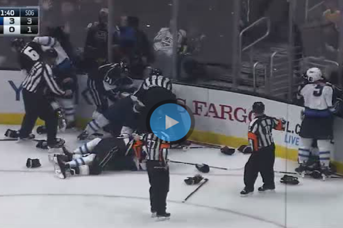 Hard hit leads to line scrum between Jets and Kings
