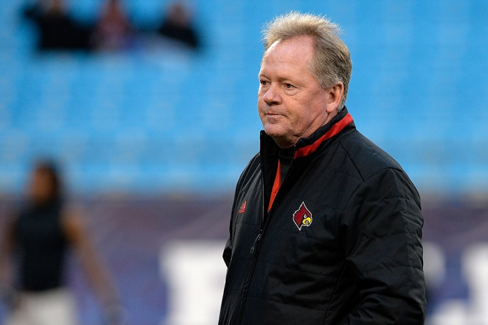 Louisville's Bobby Petrino in hot water after inappropriate Twitter snafu