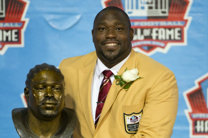 Report: NFL Hall of Famer Warren Sapp arrested, accused of soliciting a prostitute