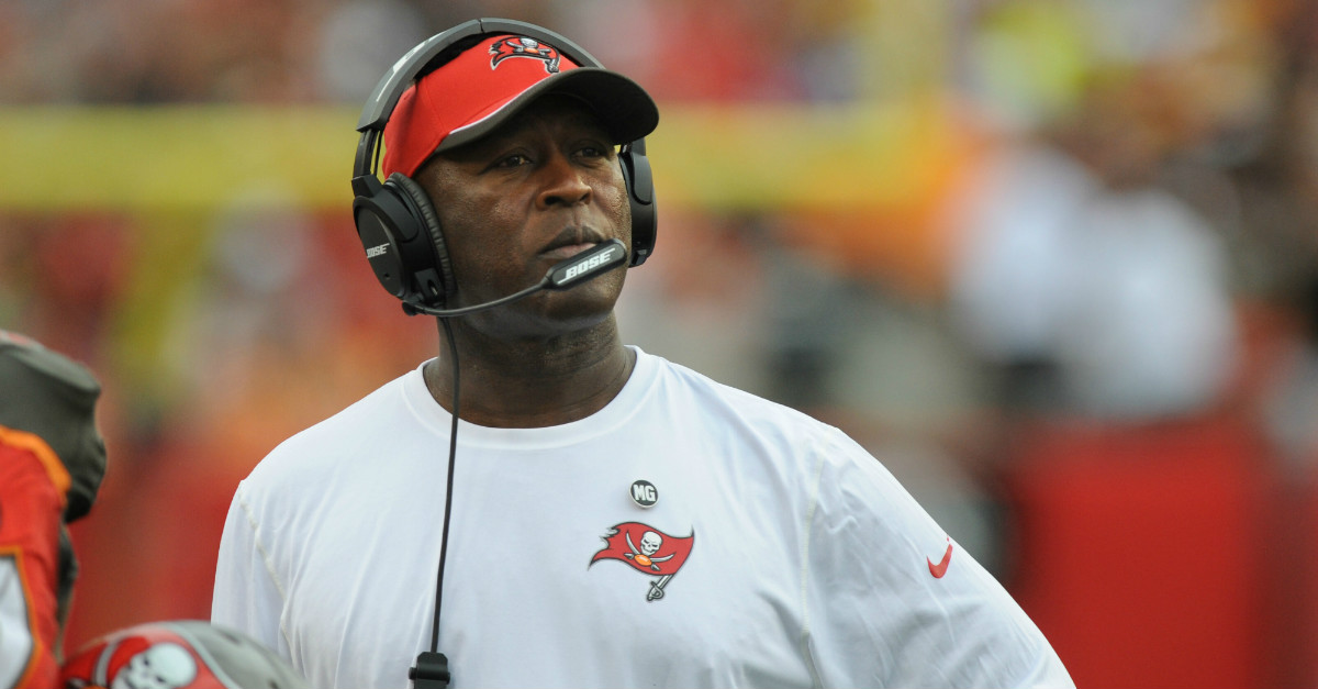 """Lovie Smith is disappointed with Bobby Bowden's Jameis Winston """"embarrassment"""" comment"""