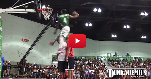 Guy Dupuy impresses some dunking pros at the BET dunk contest
