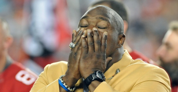 NFL Hall of Famer Warren Sapp shares tragic news on his health