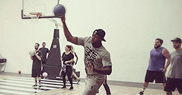 Dwyane Wade has some offseason fun by destroying kids in dodgeball