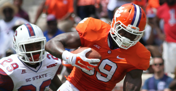 Clemson gets back another piece of receiving corps