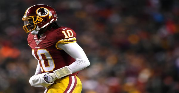 Former soccer player has wild accusations against neurologist that cleared Robert Griffin III