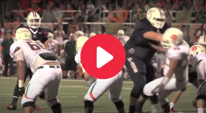 This 7-Foot, 440-Pound High Schooler Dwarfs His Opponents