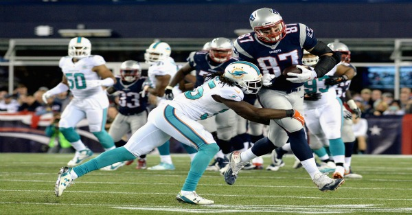 Rob Gronkowski trolled Dolphins fans with this hilarious photoshop