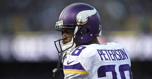 Adrian Peterson reportedly visiting another team in desperate need of a RB