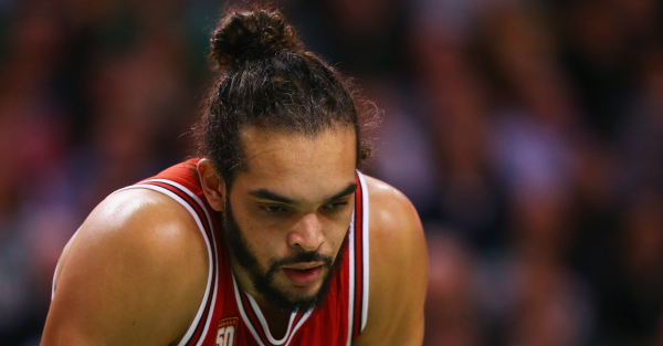Bulls' Joakim Noah could miss rest of season with shoulder injury