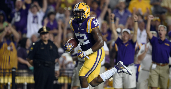 Report: LSU expected to keep two defensive stars