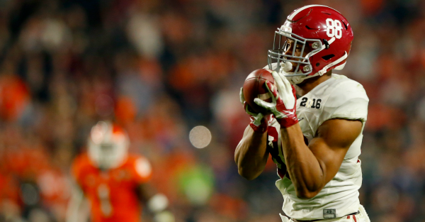 Alabama tight end OJ Howard makes decision on entering 2016 NFL Draft