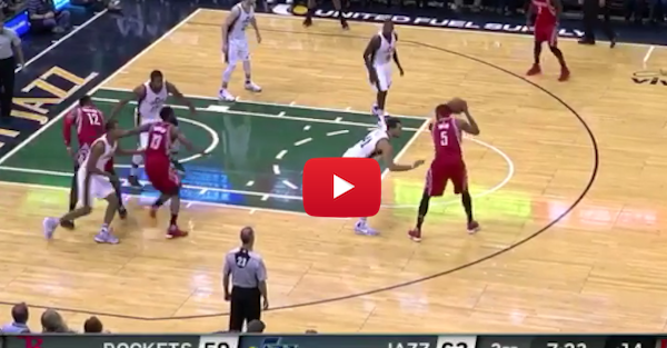 Josh Smith takes a million steps, somehow doesn't get called for a travel