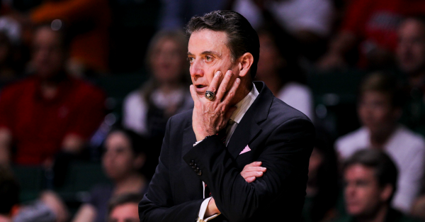 """Rick Pitino allegedly told a fan to """"shut the f*** up"""" during game"""