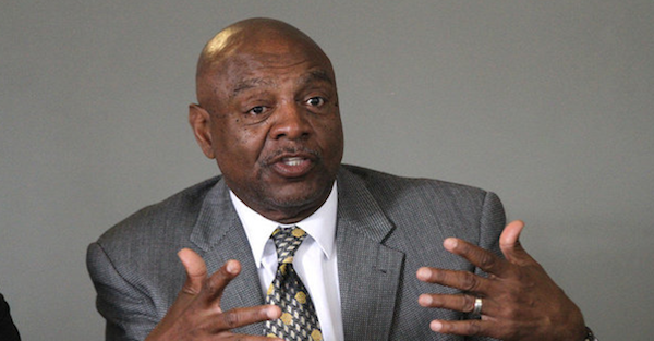Former NFL wideout Reggie Rucker accused of wire fraud and theft