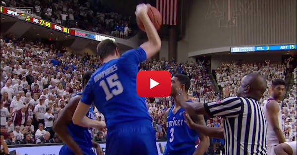 Kentucky lost to Texas A&M in the most brutal way possible
