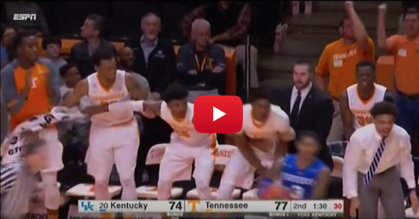 Tennessee upsets Kentucky for its best win of the season