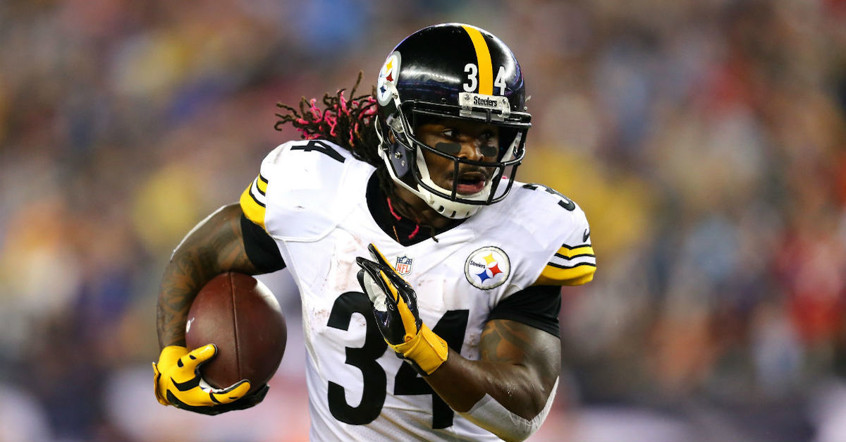 DeAngelo Williams claims only one Patriots player likes Bill Belichick on the team