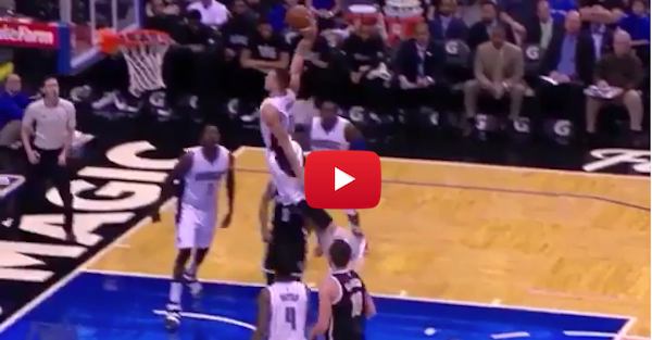 Aaron Gordon proves yet again that he's a human pogo stick with free throw dunk
