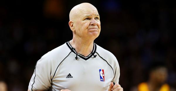 NBA reffing legend Joey Crawford calls it quits in wake of knee injury