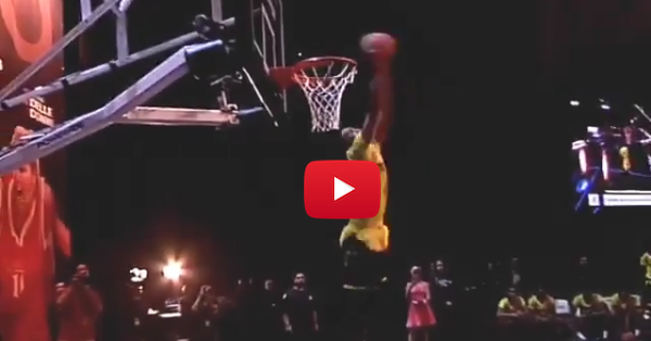 Duke signee lights up the rim in McDonald's All-American dunk contest