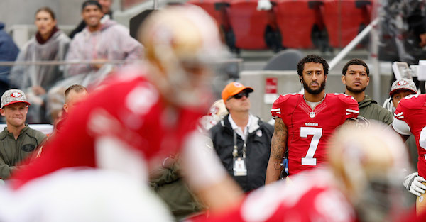 Army vet shares everything that's wrong with Colin Kaepernick sitting out the national anthem