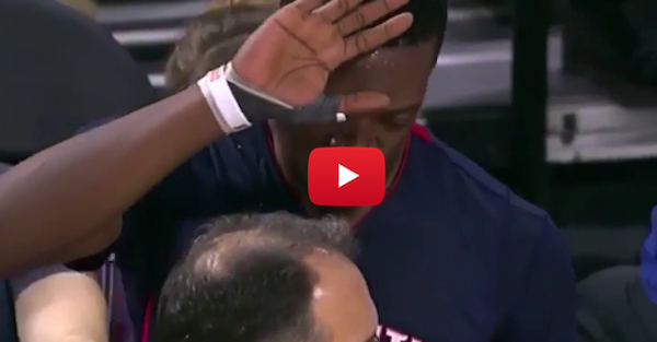 Reggie Jackson just wanted a high-five, coach was not about that life