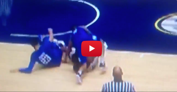 Did Tyler Ulis get a cheap shot in against Texas A&M?