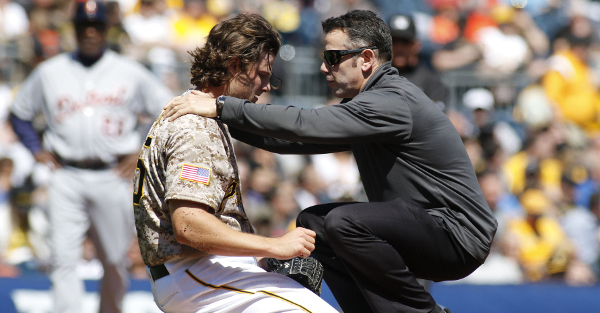 Look how close this Pirates pitcher came to getting his head taken off by a line drive