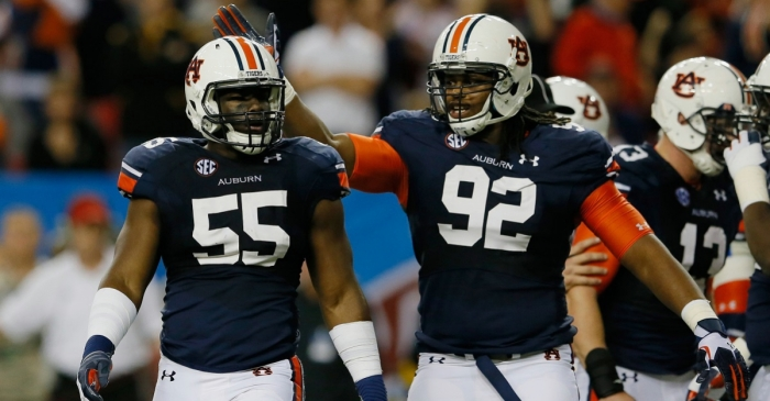 How is Auburn's defense coming along in 2016 spring practices?