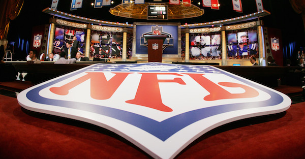 Possible No. 1 pick reportedly to wait and see who gets top slot before deciding on NFL jump