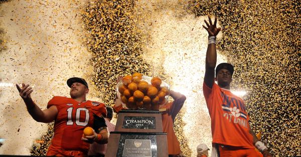 Clemson shows off sweet new Orange Bowl rings