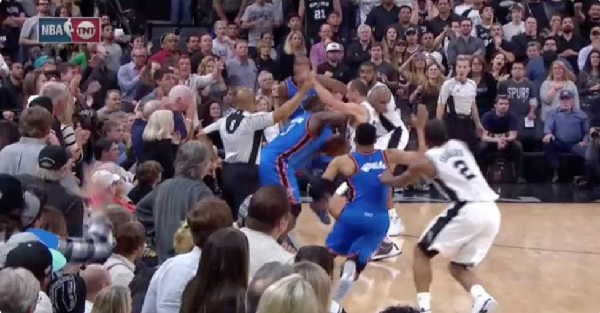 The Spurs get completely hosed on one of the worst no-calls ever seen