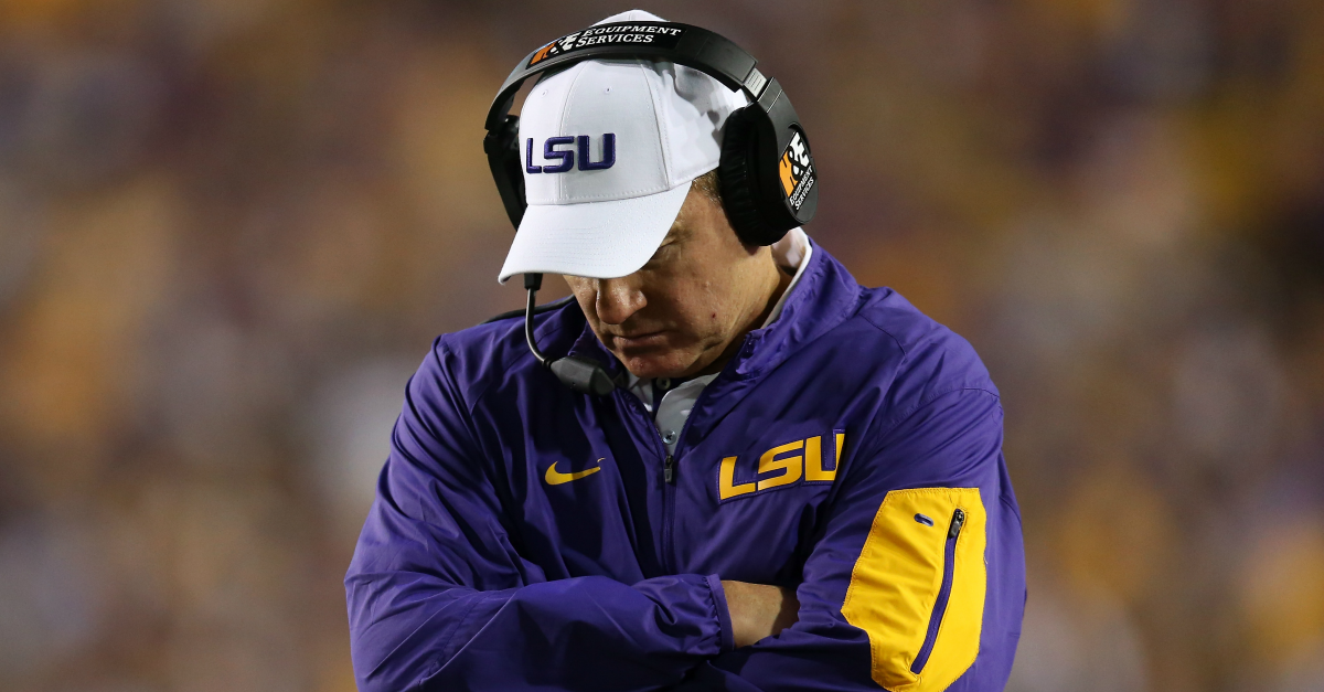 One analyst says Les Miles is the problem for LSU's offensive struggles