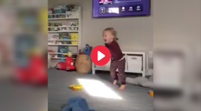 Toddler's Reaction When FSU's War Chant Plays is Priceless