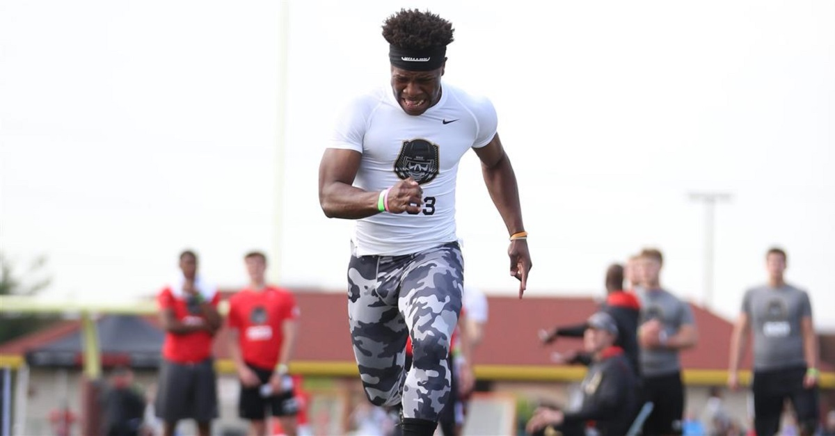 Five-star CB Lamont Wade makes game-changing commitment to rising school