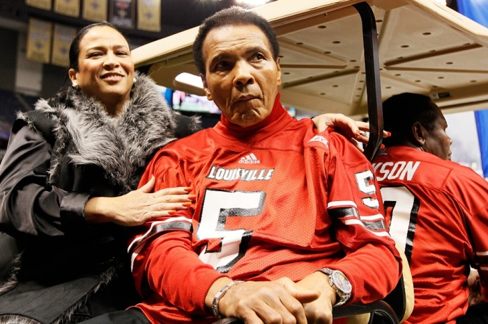 "Louisville to honor ""The Greatest"" against FSU this weekend"