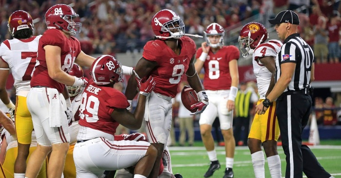 One of Alabama's best offensive players spurns the NFL, expected to return