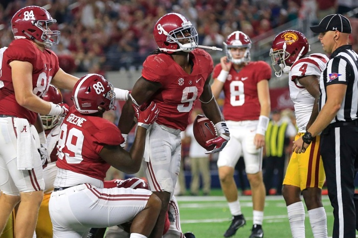 Alabama confirms suspension of offensive guard for USC game