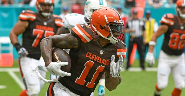 Emerging star Terrelle Pryor has reportedly signed with a new team