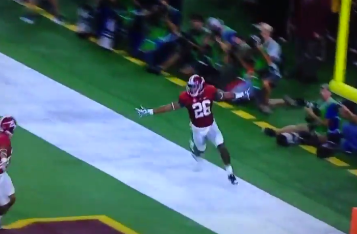 Marlon Humphrey delivers first pick-6 of 2016 for Tide