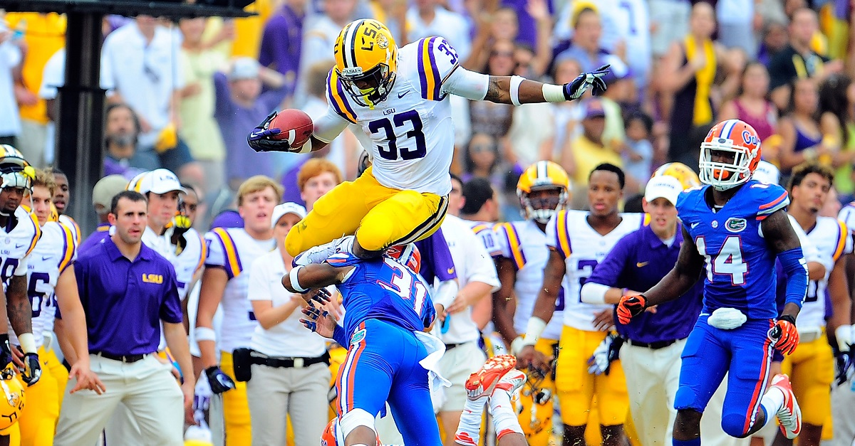 LSU fan comes up with the perfect troll over scheduling controversy with Florida