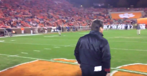 Dabo Swinney showed Will Muschamp the ultimate sign of disrespect ahead of intense matchup