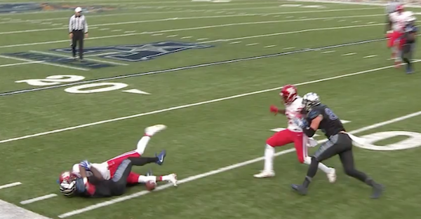 Top Houston defender ejected as Cougars struggle yet again