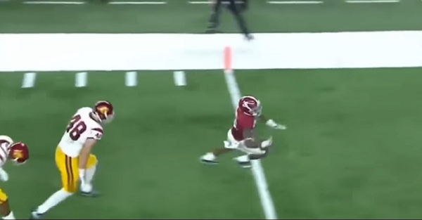 This Alabama-Washington hype video is exactly what the fans need