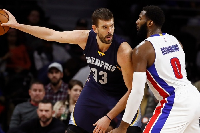 Marc Gasol completely trucks a coach before running back on defense