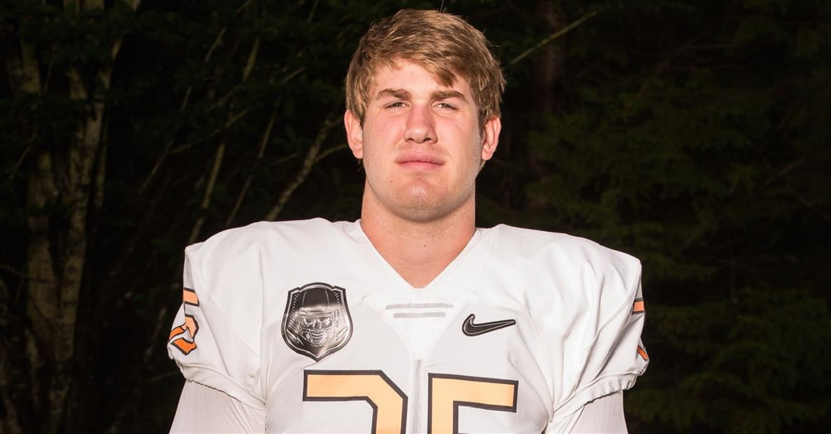 Nation's No. 2 OT Walker Little spurns Texas, announces commitment