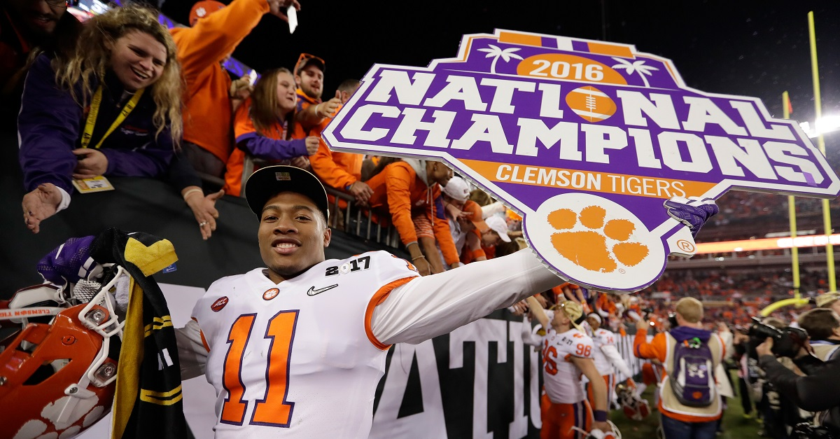 Kirk Herbstreit has named these two teams as the favorites for the national title