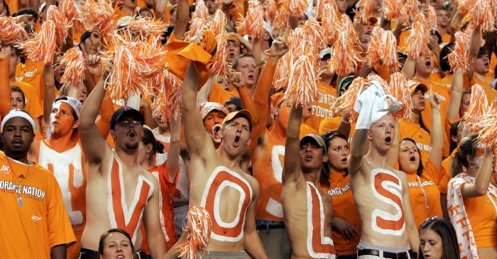 Tennessee fan takes drastic measure in showing up one pro-Bama car